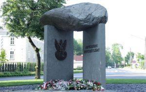 Odsłonięcie Pomnika Żołnierzy Wyklętych-Niezłomnych w Wolsztynie