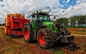 Opony rolnicze: jak zadbać o nie zimą?