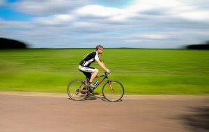 Trochę w mieście, trochę w terenie – jaki rower wybrać?
