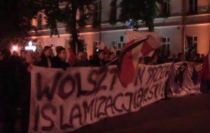 Marsz przeciwko imigrantom w Wolsztynie
